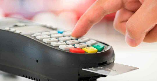bancomat-o-carta-di-credito-1080x570
